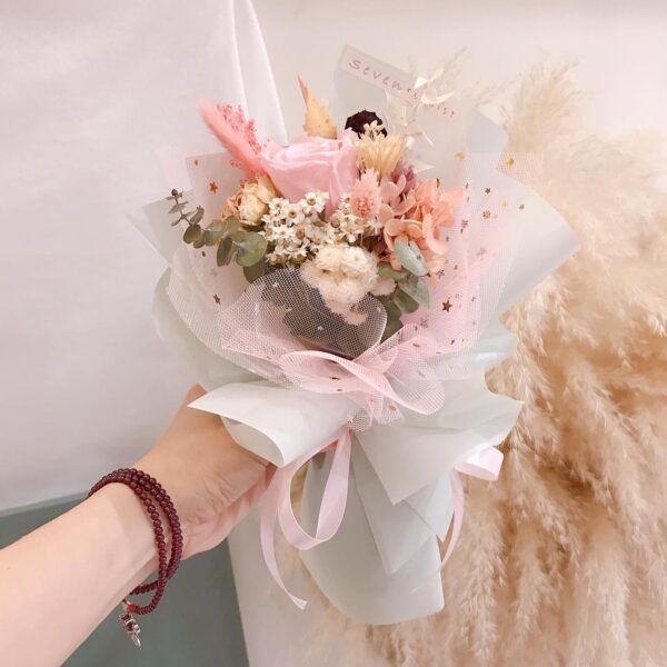 seven florist preseved flower single pink